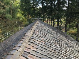 築100年超えの屋根